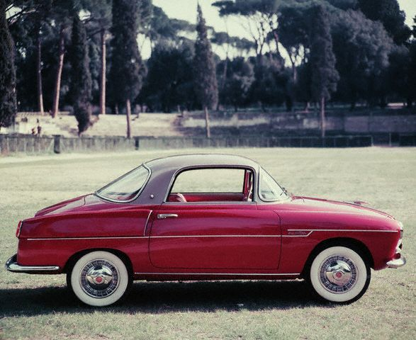 1959 Fiat 600 coupe by Viotti. I've always liked little European cars.