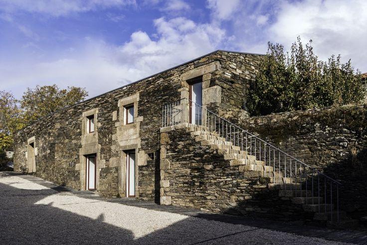Hotel in the Douro Vineyards / Ricardo Carvalho + Joana Vilhena Arquitectos
