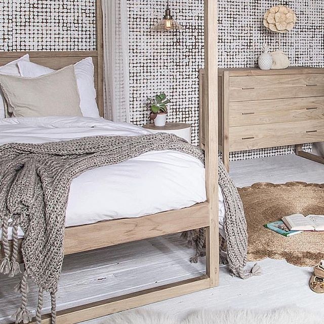 You would never want to leave a beautifully designed bedroom like this from @uniqwacollections   #jamjam #home #bedroomdecor #homedesign #homechic #interiordesign #lifestylebrand