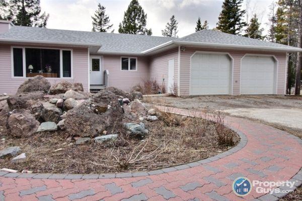 Private Sale: 2407 63 Street, Crowsnest Pass, Alberta - PropertyGuys.com