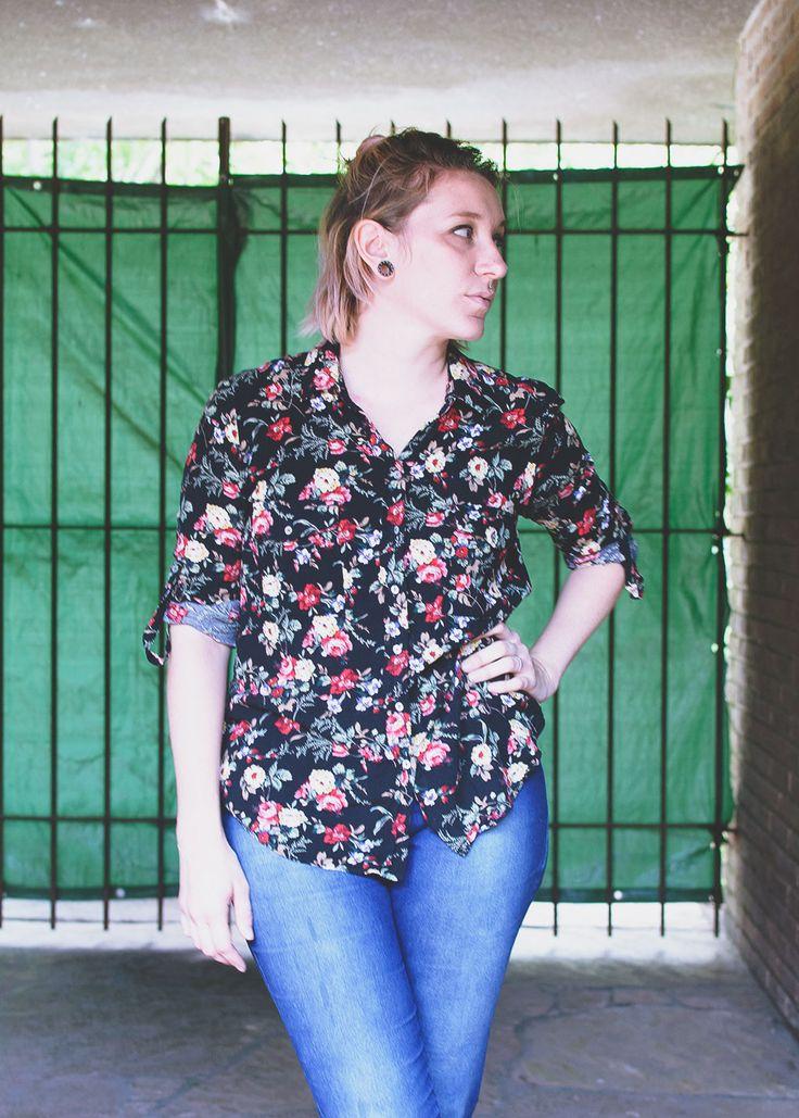 El comodin de un verano frio. {#ootd} – Camisas Floreadas | POLAROIDS OF POLAR BEARS