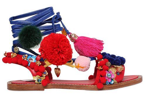 Sandales Dolce & Gabbana en cuir brodées de pièces et de pompons