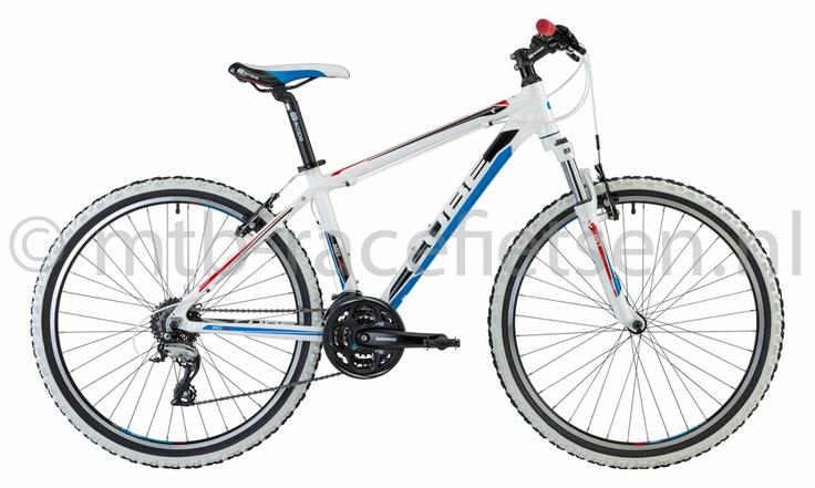 www.mtb-racefietsen.nl voor info van leuke stoere fietsen voor jongens en meisjes, mountainbike modellen licht van gewicht en scherp geprijsd!