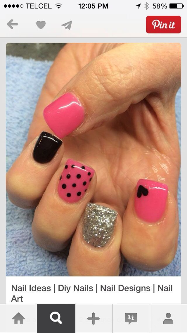 Hellllo super cute nails! Pink n black obviously!! :D