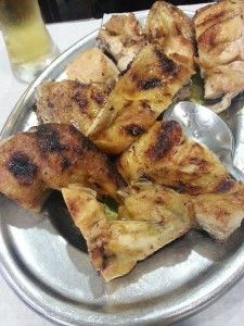 Chicken Piri Piri, the popular national dish of Portugal. The secret of making this crispy and juicy chicken is the piri piri, the African devil. Without the great piri piri, chicken is just chicken. It has no charisma.
