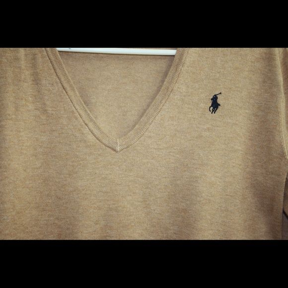 Polo Ralph Lauren Very cute top bought it just couple of months a go like new Polo by Ralph Lauren Tops Tees - Long Sleeve
