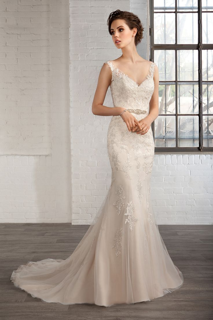 Cosmobella Style 7788: Cosmobella 2016 bridal collection : https://www.itakeyou.co.uk/wedding/cosmobella-wedding-dress-2016 #weddingdress #weddingdresses