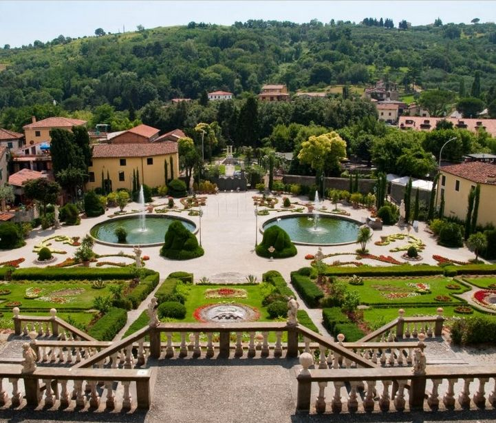 2015 Storico Giardino Garzoni - Garzoni Historic Garden, in Collodi (Pistoia), Piazza della Vittoria 1; open March 1-Nov. 2, 8:30 a.m.-sunset; Nov. 3-Feb. 28, Saurdays, Sundays and Italian holidays, 10 a.m.-sunset; admission fee: €13' reduced €10; the fee includes the entrance to the Collodi Butterfly House; more info in English at http://www.pinocchio.it/?idcnt=856&lang=en