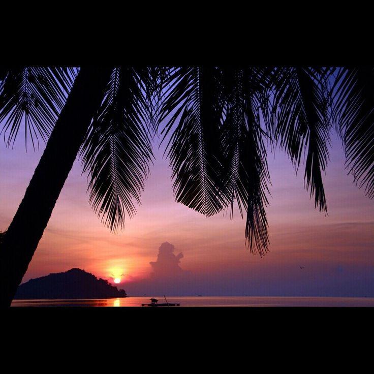 Sunrise at Pahawang Island. Photo by: Adit