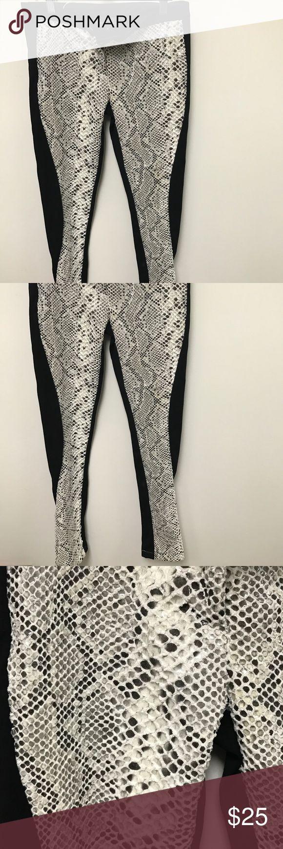 NWT Emma Lang Couture Snake print pants SexyWhite/black snake print pants NEW! Couture, split bottom ankle... black on back... soo hot emma lang Pants Straight Leg