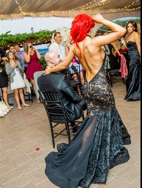 http://instagram.com/p/uovdPAGzT4/ Natalie Eva Marie's reception dress