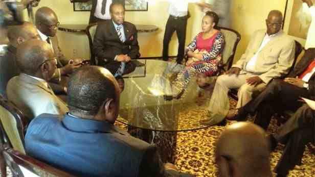 RDC: PAUVRE AFRIQUE NOS EMINENTS PROFESSEURS SONT MANCHOTS