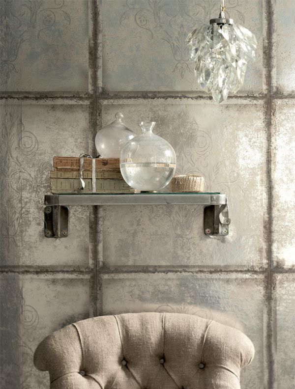 Trompe L'oeil wallcovering | Could be translated with foil/leaf and handpainted or etched patterns