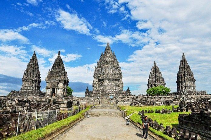 Bangunan Candi Prambanan. (Benedictus Oktaviantoro/Maioloo.com)