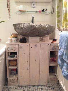 Waschbecken-Unterschrank: Badezimmerschrank Mk.2 aus Palettenholz - Palettenbett und Palettenmöbel : Palettenbett und Palettenmöbel