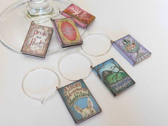 Novel Wedding Gifts: Best 25+ Wine Glass Favors Ideas On Pinterest