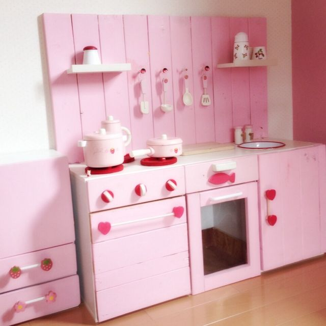 ピンク キッチン かわいい 鍋 ひとりぐらし システム 夢 お嫁さん 花嫁修業 料理 ハート お料理が楽しくなりそう インテリア 実例 インテリア 模様替え