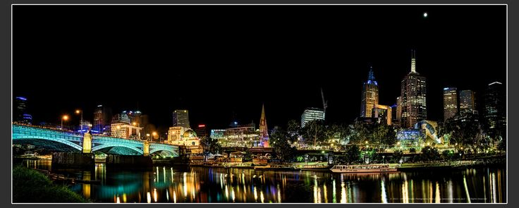 Melbourne by Night