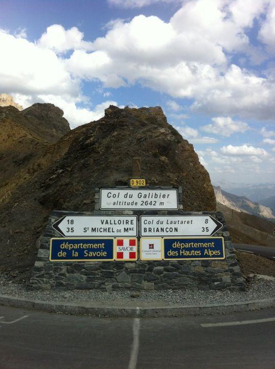 Col du Galibier (2645m) #Valloire #Galibier A découvrir avec les Guides du Patrimoine des Pays de Savoie http://www.gpps.fr/Guides-du-Patrimoine-des-Pays-de-Savoie/Pages/Site/Visites-en-Savoie-Mont-Blanc/Maurienne/Valloire-Galibier
