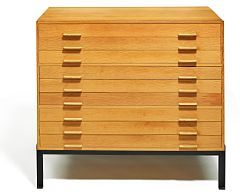 Poul Kjærholm: A very rare, solid Oregon pine flat file cabinet (ca. 1986)