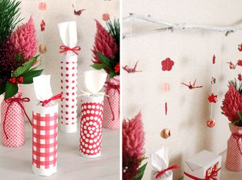 (左)キッチンペーパーの芯に和紙を巻いて紐で留めた花器。  (右)花や紅葉の形に切り抜いて紐でつなげたら オシャレなオーナメントに。とってもお手軽です。