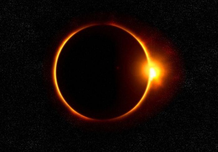 Eclipse solar com visão parcial no Brasil este mês