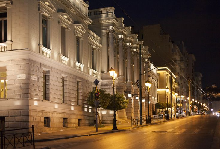 Ξεναγηθείτε με ένα «κλικ» στα διασημότερα vintage κτίρια της Αθήνας