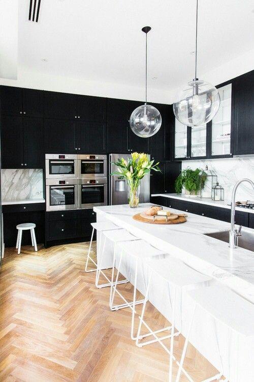 Black kitchen cabinets??