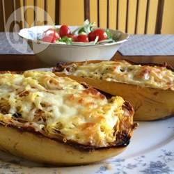 Spaghettikürbis-Lasagne ist low carb, vegetarisch und glutenfrei @ de.allrecipes.com