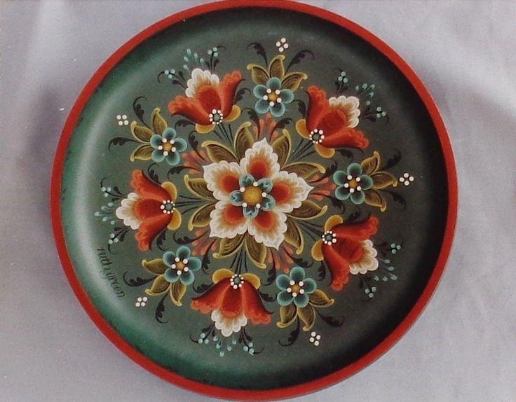 "Ruth Green Pretty Rosemaling Pattern ""9 inch Round Plate"" | eBay"