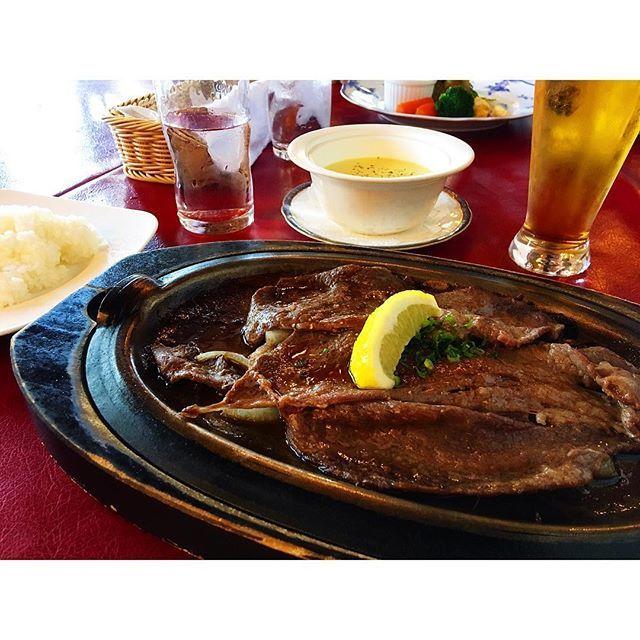 軽くペロリです😋🍴 #レモンステーキ  #ステーキ #肉 #beef