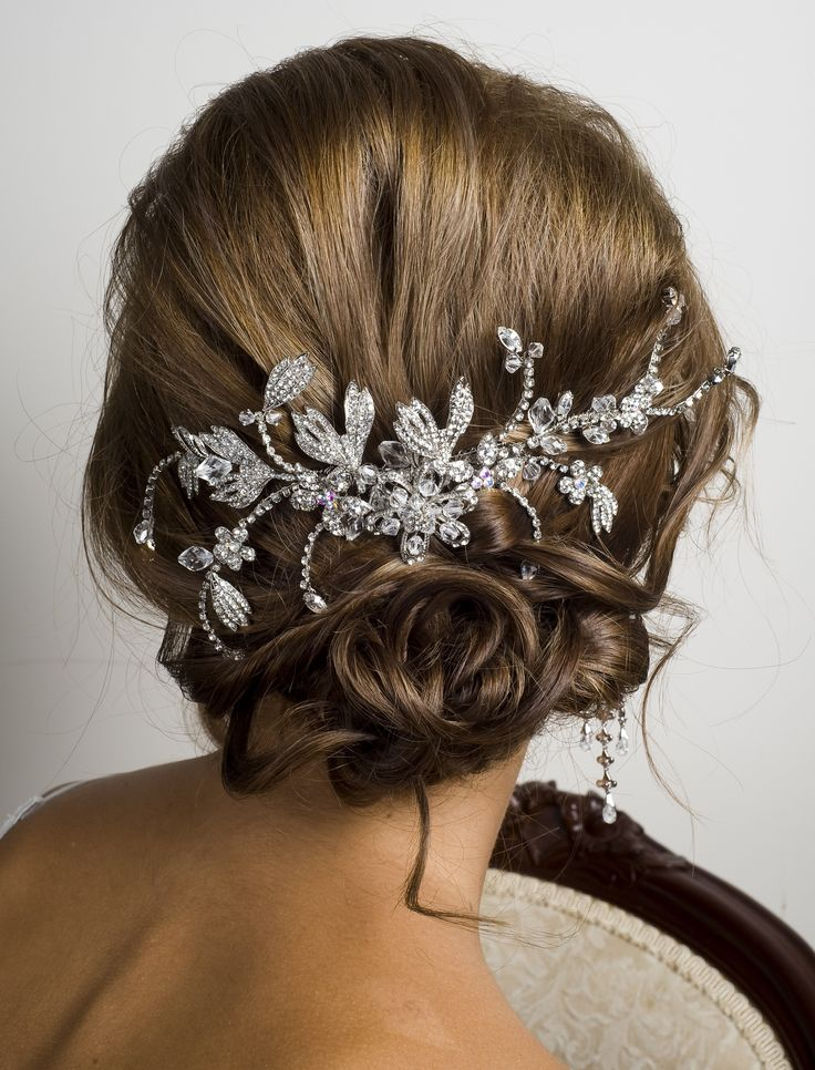 Bridal comb with crystal and diamante www.wendylouise.com