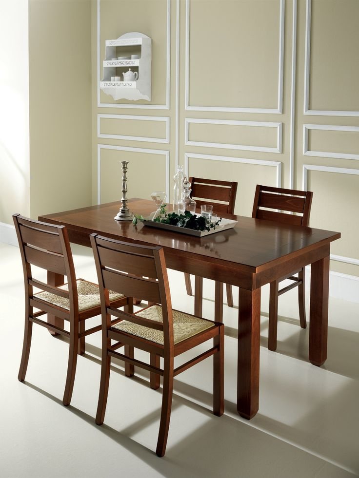 Amelie table and chairs