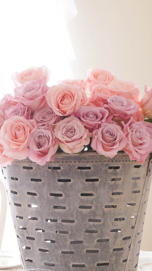468 best Roses in a Vase! images on Pinterest | Floral ...