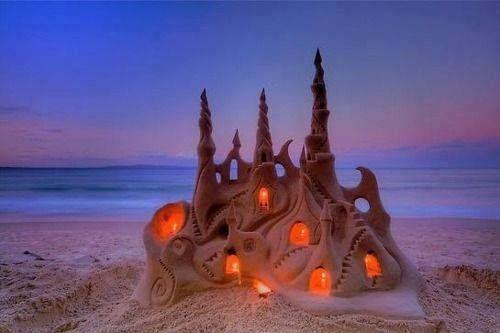 Illuminated sand castle Noosa Beach, Australia, By Arron McCormick #sandshapers#