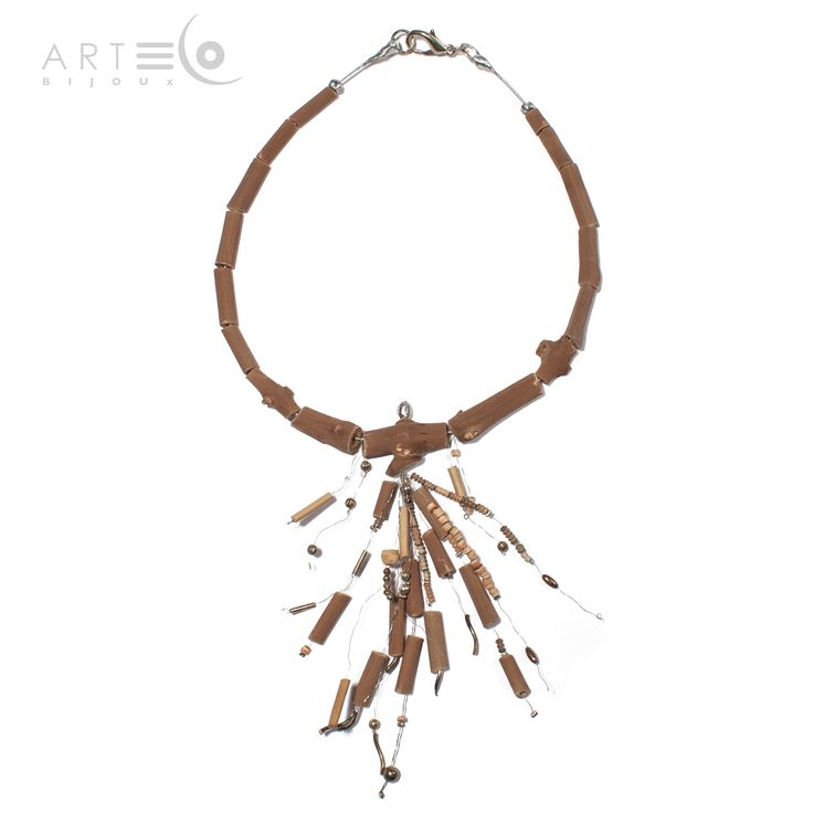 Choker realized with vine-shoots, steel rope and ornamental metallic elements. Buy it on ArtEco's Etsy shop! https://www.etsy.com/listing/201706096/choker-realized-with-vine-shoots-steel