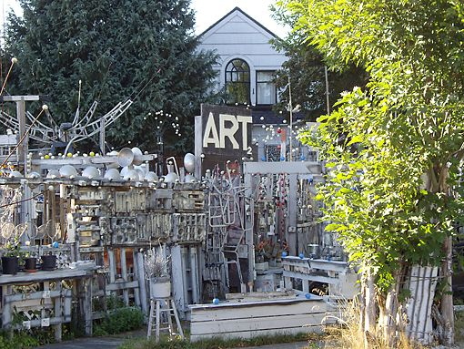 Centralia Washington  RichArt-Yard Art Ruins
