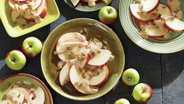 Healthy and yummy Apple Peanut Butter Snack  | Dashrecipes.com  #dashrecipes
