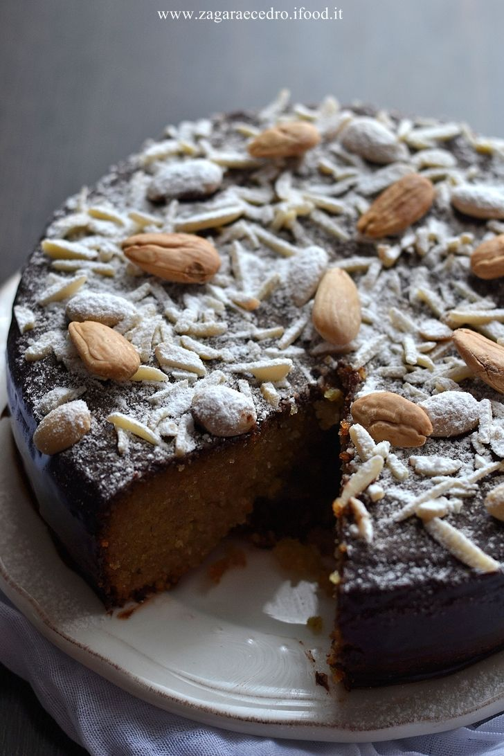Torta di Mandorle golossissima e facile ! http://www.zagaraecedro.ifood.it/2016/10/torta-di-mandorle.html
