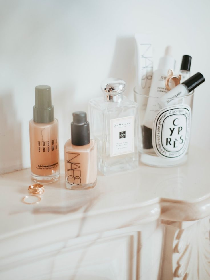 My All Time Favourite Foundations. http://www.katelavie.com/2018/02/time-favourite-foundations.html