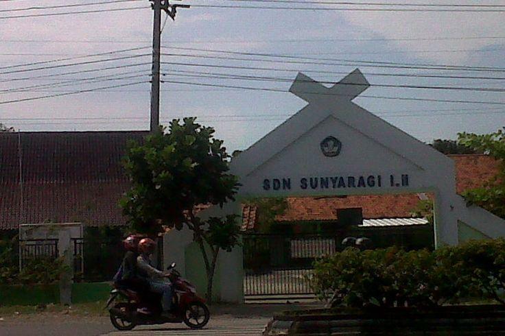 SDN Sunyaragi I-II Jalan Raya By Pass, Kota Cirebon, Jawa Barat, Indonesia. photo cp 20 Juli 2014