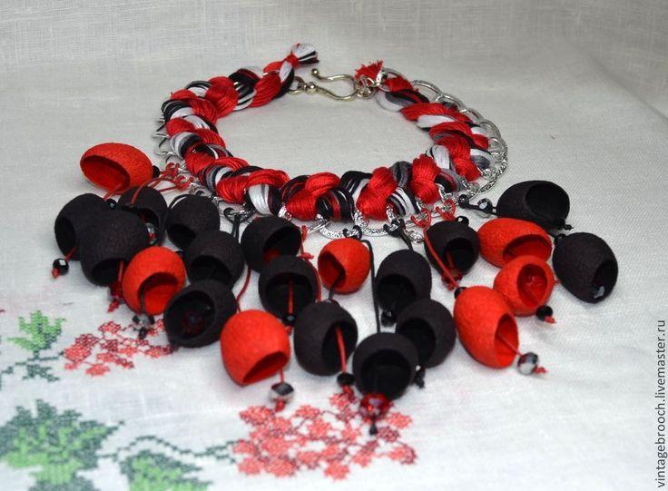 """Купить Ожерелье из коконов """"Пламя"""" - разноцветный, красно-черное, черно-красное, два цвета"""