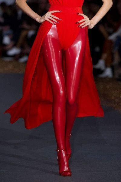 awesome cool Gareth Pugh at London Spring 2016 (Details)...