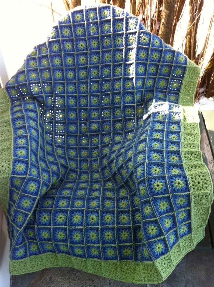 granny square afghan fern green blues- this is so pretty. The link is bad though and says that the page is gone. I don't think it would be too difficult to find one similar :D