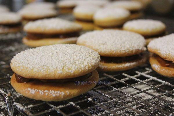 Los Empolvados son una clásica receta chilena, está dentro de los dulces más…