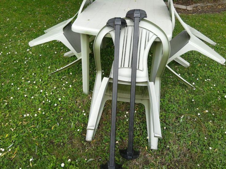 je loue une paires de barres de toit pour opel astra de l'année 2001. #location barre de toit pour #opel astra #Gauriaguet (33240)_ www.placedelaloc.com/location/equipements-auto