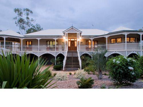Queenslander Houses - <3