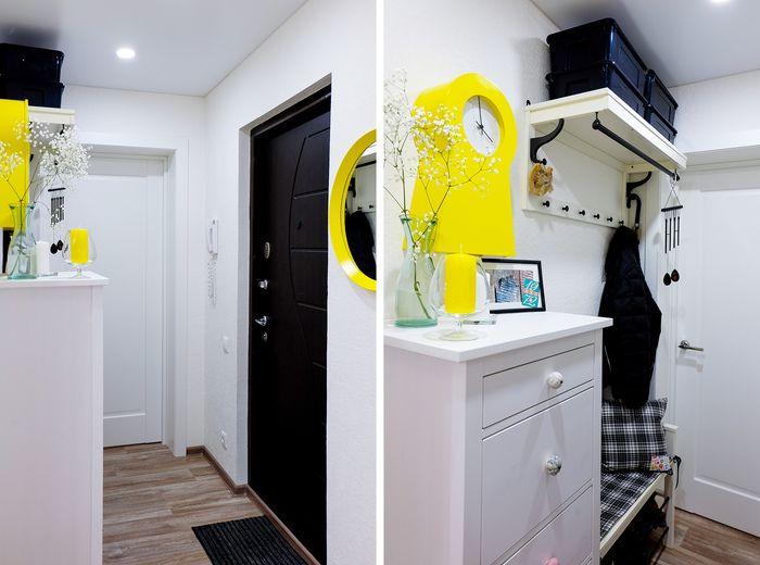 Площадь квартиры — 43 м2, из которых спальня занимает 17,5 м2, детская — 14 м2, а все остальные метры поделены между санузлом, маленькой кухней (около 5 м2) и стандартным коридором.