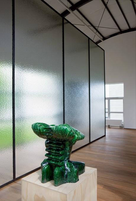 Marien Schouten, Kop (2009).© Gert Jan van Rooij, Museum De Paviljoens