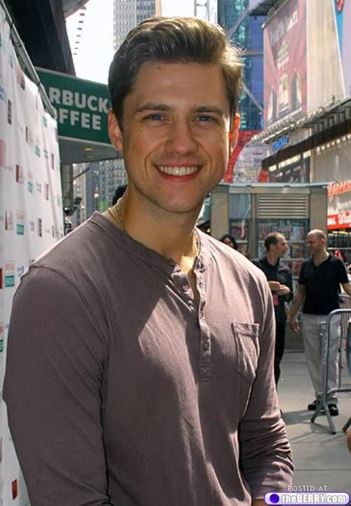Aaron Tveit in NYC, these are a few of my favorite things